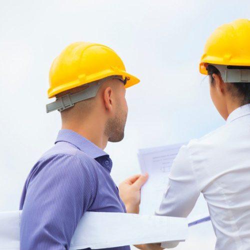 Bauaufsicht prüft Unterlagen