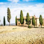 Land- oder Stadtvilla? Toskanische Landschaft
